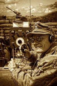 Waffen SS 9th SS Hohenstaufen Nachrichtentruppe Funker Station