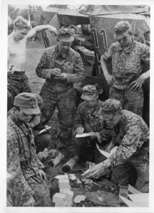 Waffen SS Assault Gun Crew Dot44