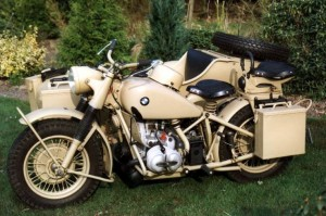 BMW R75 Combo (1943 - 1945). Heavy 2 wheel drive motorcycle.