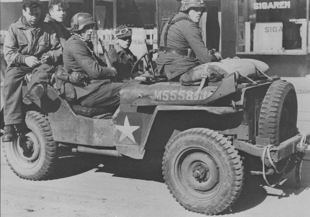 """""""9ss"""" """"Hohenstaufen"""" """"Arnhem"""" """"Operation Market Garden"""""""