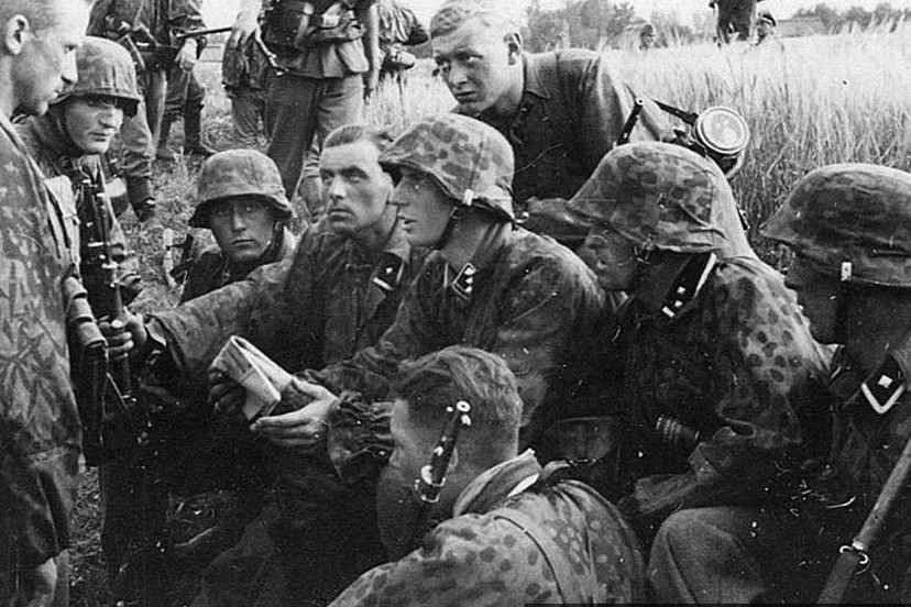 """""""Waffen SS"""", """" NCO"""", """"Unterscharfurher"""", """"Camouflage"""""""